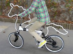 'Horsey' is an attachable bicycle ornament/accessory which makes one's bicycle look horsey!