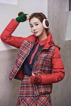 Lee da hae Lee Da Hae, Lee Dong Wook, Hallyu Star, Korean Drama, Pretty Woman, Kdrama, Dish, Street Style, Photoshoot