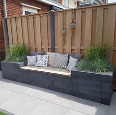 78 ideas of modern garden fence designs for summer ideas 15 modern deck patio ideas for backyard design and decoration ideas Back Garden Design, Backyard Garden Design, Backyard Fences, Fence Garden, Backyard Seating, Garden Decking Ideas, Fence Planters, Backyard Designs, House Fence Design