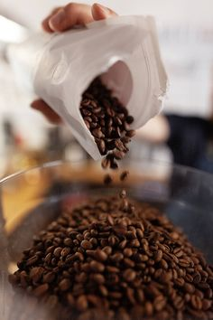 Crop barista pouring fresh coffee beans by Milles Studio - Coffee, Coffee bean - Stocksy United Coffee Shot, Coffee Break, Drink Coffee, Coffee Barista, Coffee Cafe, Espresso Coffee, Coffee Shop Photography, Food Photography, Pouring Coffee
