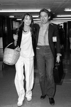 Serge Gainsbourg, Gainsbourg Birkin, Estilo Jane Birkin, Jane Birkin Style, Michael Wilding, Celebrity Airport Style, Flights To London, Glamour, Ladies Dress Design