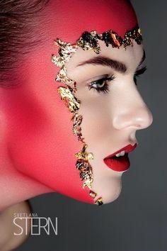 + Información sobre nuestro #CURSO: http://curso-maquillaje.es/msite-nude/index.php?PinCMO Beauty — Svetlana Stern   Beauty   red lips #gold