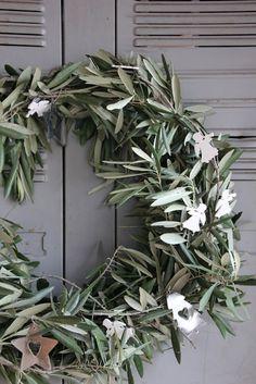 Regards et Maisons: Noël en Provence