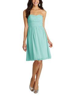 DescriptionDonna MorganSarahCocktaillength bridesmaid dressSweetheartneckline with crossover bodiceStraplessNatural waistline, shirred a-line skirtChiffon