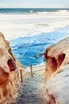 Steps to the Sea, The Torrey Pines State Reserve, La Jolla, CA. Photo:  pixelmama. My favorite beach.