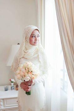 Hanis zalikha dan hairul azreen wedding dresses