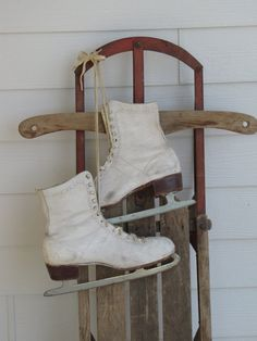 Love vintage skates for winter decor!