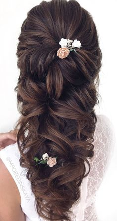20 Trendy Half Up Half Down Hairstyles Half up for garden inspired brides Here is one of those Bride Hairstyles brides garden Hairstyles inspired trendy Bride Hairstyles With Veil, Wedding Hairstyles Half Up Half Down, Half Up Half Down Hair, Down Hairstyles, Pretty Hairstyles, Braided Hairstyles, Bridal Hair Half Up With Veil, Easy Hairstyle, Braided Updo