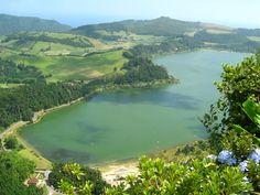 Lagoa das Furnas, ilha de São Miguel. ◆Açores – Wikipédia https://pt.wikipedia.org/wiki/A%C3%A7ores #Azores