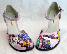 Glory Hound designs: Does anyone want to learn to paint on leather shoes?