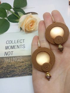 Stylish earrings for autumn! Used soutache, lunosoft (central large stone),beads, furniture. Quality Korean furniture with additional coating. Fabric Jewelry, Diy Jewelry, Beaded Jewelry, Jewelery, Jewelry Making, Diamond Jewelry, Jewelry Stores, Pendant Earrings, Beaded Earrings