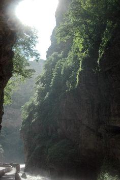 Kabardino-Balkaria. Chegem waterfalls. Кабардино-Балкария. Чегемские водопады. Чегемское ущелье.