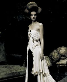 """Nimue Smit wearing Givenchy Haute Couture Fall/Winter 2009 in """"A Dream of a Dress"""", photographed by Paolo Roversi for Vogue Italia"""