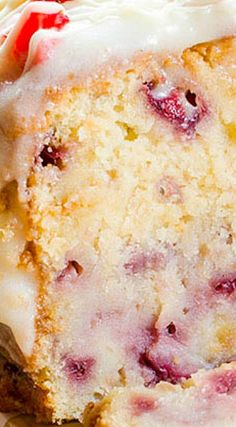 Strawberry Pound Cake (berry desserts, Southern cake recipe)