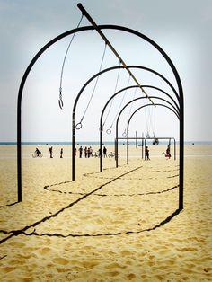 """Santa Monica big traveling rings """"a way of life"""""""