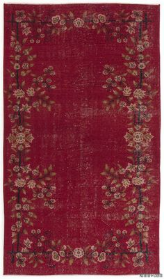 Turkish Vintage Rug around 40 years old and in very good condition. Piles of this rug was trimmed in order to give a contemporary look. Available for US only.