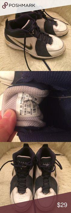Nike Flight Girls Basketball Sneakers Navy blue and white girls basketball sneakers by Nike. Nike Shoes Sneakers