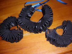 Harlqeuin Jester Clown Costume: Collar & Cuffs, Queen Elizabeth-style ruffs DIY