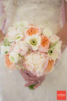 peach and cream wedding flowers - Google Search