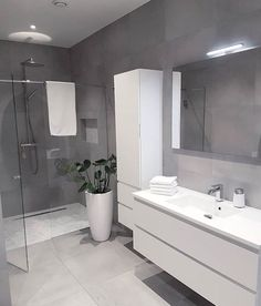 white bathroom Bad F - bathroomdecoration Bad Inspiration, Bathroom Inspiration, Modern Bathroom Design, Bathroom Interior Design, Grey Bathrooms Designs, Small Bathroom, Master Bathroom, Bathroom Sink Cabinets, Gray And White Bathroom