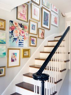 creative gallery wall staircase decor ideas to beautify the house page 13 Decor, Staircase Wall Decor, Stair Decor, Staircase Decor, Stair Walls, Art Gallery Wall, Stairway Walls, Stair Gallery, Stairs Design
