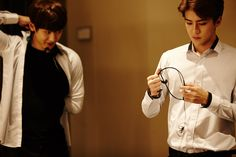 SMTOWN NOW Update : EXO'luXion 151121 - Chanyeol and Sehun