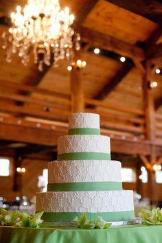 White-and-Spring-Green-Wedding-Cake