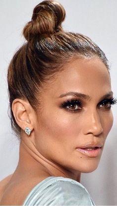 J Lo make up