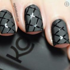Easiest Matte Nail Art Idea