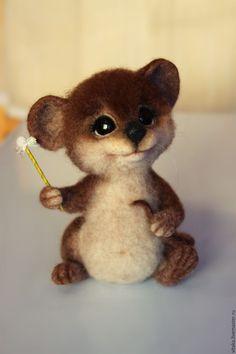 Купить Мышонок волшебник - коричневый, мышь валяная, мышонок, мышонок валяный, мышонок войлочный, мышка