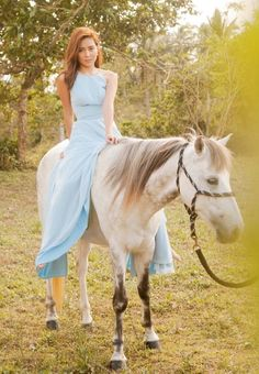 (23) Everyday Kath Kathryn Bernardo Outfits, Filipino Models, Debut Ideas, Daniel Johns, Filipina Actress, Daniel Padilla, John Ford, Jadine, Celebs