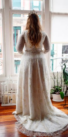 53099c8540 33 Plus-Size Wedding Dresses  A Jaw-Dropping Guide