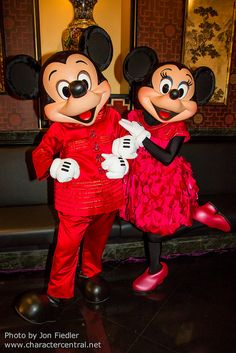 Mickey and Minnie, Hong Kong Disneyland. Photo by #JonFiedler