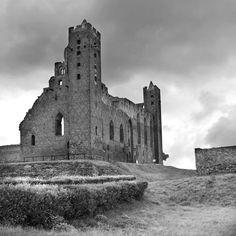 Medieval castle, ruins in Radzyń Chełmiński Medieval Castle, Castle Ruins, Tower Bridge, Sri Lanka, Travel Photos, Building, Fotografia, Travel Pictures, Buildings