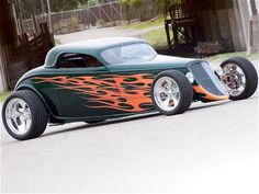 Afternoon Drive: Hot Rods & Rat Rods Photos) A hot rod is a specific type of automobile that has been modified to produce more power for racing straight ahead. The hot rod originated in the early. Ferrari, Lamborghini, Rat Rods, Bugatti, Hot Rod Autos, Carros Audi, Dream Car Garage, Classic Hot Rod, Ford Classic Cars