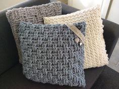 625 beste afbeeldingen van kussens !! crochet cushion cover
