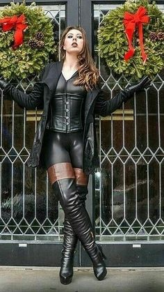 Leviticus all black leather outfit black thigh boots with brown cuffs Thigh High Boots Heels, Hot High Heels, High Leather Boots, Leather And Lace, Black Leather, Leather Jacket, Leather Fashion, Fashion Boots, Sexy Outfits