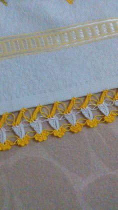 Knit Shoes, Needle Lace, Sweater Design, Knitted Shawls, Knitting Socks, Hand Embroidery, Diy And Crafts, Knit Crochet, Crochet Necklace