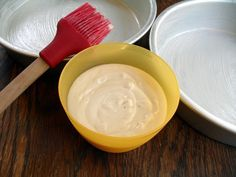 cake release - it's inexpensive and easy to make your own version of the miraculous wilton product; make a batch and store in your panty for greasing cake pans (replaces greasing and flouring and it works better too! Cupcakes, Cupcake Cakes, Bolo Diy, Cake Recipes, Dessert Recipes, Baking Tips, Baking Hacks, Baking Pan, Baking Secrets