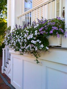 Thinking inside the box, Nantucket-style! | homemaker2words