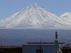 Licancabur Snow - Deserto de Atacama – Wikipédia, a enciclopédia livre