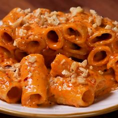"This is ""Rigatoni con gorgonzola mascarpone, nduja e noci"" by Al.ta Cucina on Vimeo, the home for high quality videos and the people who love them. Cheesy Recipes, Mexican Food Recipes, Italian Recipes, Pasta Recipes, Cooking Recipes, Vegetarian Recipes, Cold Lunch Recipes, Twisted Recipes, Salads"