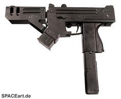 Blade 2: MAC-11 Maschinenpistole, Fertig-Modell ... http://spaceart.de/produkte/bld003.php