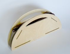 "Check out new work on my @Behance portfolio: ""Semi-circular Wooden Purse"" http://be.net/gallery/58032999/Semi-circular-Wooden-Purse"