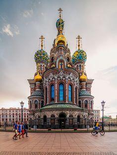 De Church of de Savior on Blood in Saint Petersburg_ Russia