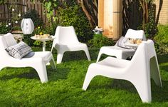 Obsessed with these outdoor lounge chairs from Ikea!