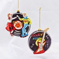 Rock 'n' Roll Christmas Tree Decorations Cute Christmas Tree, Christmas Rock, Christmas Tree Decorations, Christmas Tree Ornaments, Home Office Furniture Sets, Sports Gifts, Favorite Holiday, Rock N Roll, Hanger