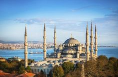 Nr 1 in TOP 25 destination 2014. Istanbul (94688037)