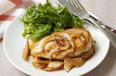 Poulet aux pommes et à l'érable cuit au four