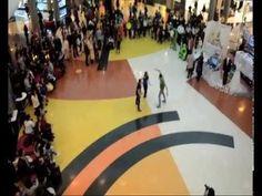 Video Flashmob El Movimiento Happy 01/03/2014 Más info www.elmovimientohappy.es